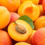 Как заморозить абрикосы, персики, сливы на зиму: подробная инструкция