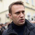 Кто решил завалить Медведева?
