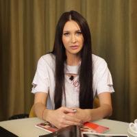 Элина Камирен объяснила, почему мужчины на нее «клюют»