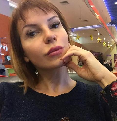 15535 50-летняя Наталья Штурм взорвала Сеть раскованным снимком топлес