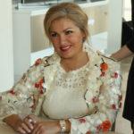 Анна Нетребко удивила новым имиджем