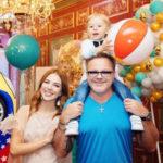 Друзья Преснякова и Подольской скупили для их сына магазин игрушек