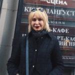 Татьяна Васильева сверкнула лысой головой