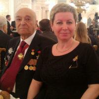Жена госпитализированного Владимира Этуша обвинила клинику в халатности