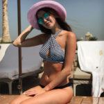 Анастасия Костенко эффектно разделась на пляже в Дубае
