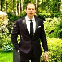 Близких Сергея Жорина втянули в скандал с «золотой судьей»