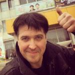 Денис Матросов копит деньги на свадьбу