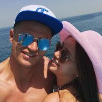 Дмитрия Тарасова и Анастасию Костенко заподозрили в тайной свадьбе