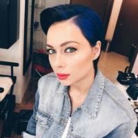 Настасья Самбурская устроила «медовый месяц» с незнакомцем