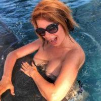 Наталья Штурм устроила «голый» заплыв