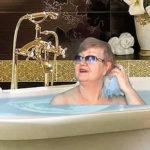 О 62-летней «богине хромакея» из Санкт-Петербурга сняли фильмы BBC и CNN