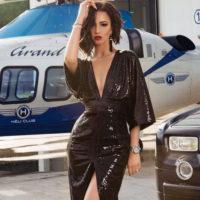 Ольга Бузова оголила грудь на отдыхе в Крыму