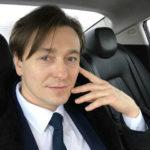 Сергей Безруков трогательно поздравил годовалую дочку