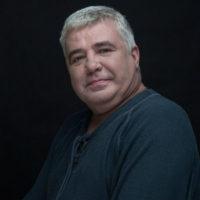 Скончался экс-ведущий «Спокойной ночи, малыши» Виктор Кинах