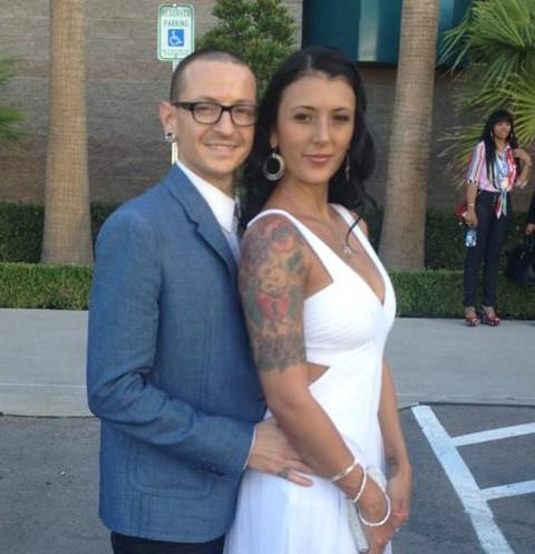 Вдова лидера Linkin Park прервала молчание