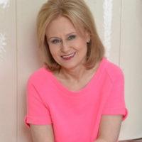 Дарья Донцова решилась на откровенную беседу о раке