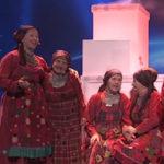 19125 Экс-солистку «Бурановских бабушек» придавило колонкой на выступлении