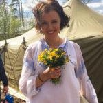 Ксения Алферова устроила заплыв голышом