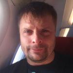 Александр Носик наслаждается жизнью холостяка