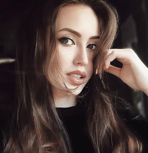 Анастасия Костенко подхватила вирус