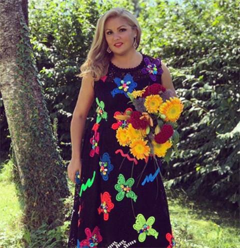 Анна Нетребко объявила об отмене концертов из-за болезни