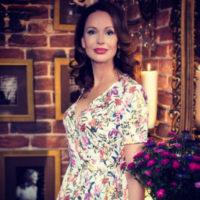 Ирина Безрукова погуляла на свадьбе крестной дочери