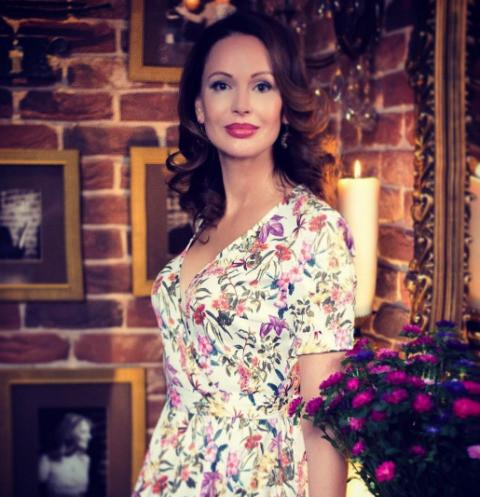 21296 Ирина Безрукова погуляла на свадьбе крестной дочери
