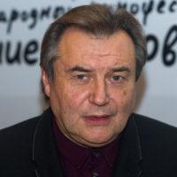 Алексей Учитель подтвердил отцовство детей Юлии Пересильд