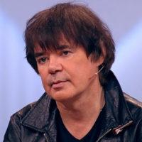 Евгений Осин изменил возлюбленной с журналисткой