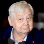 Олег Табаков ответил на обвинения в финансовых махинациях