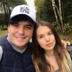 25186 Саша Артемова и Евгений Кузин обустраиваются в новом доме