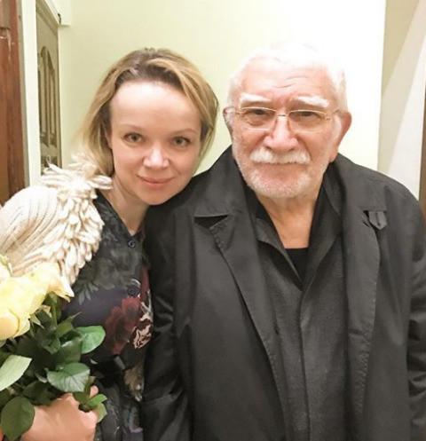 Сбежавшая из страны жена Армена Джигарханяна: «Я подожду его реакцию»