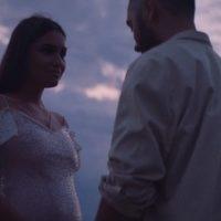 Жена рэпера Мота объявила о беременности