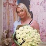 Анастасия Волочкова пристыдила хакеров, укравших ее интимные фото