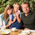 25985 Дочь Михаила Трухина: «Коплю деньги на дом для родителей»