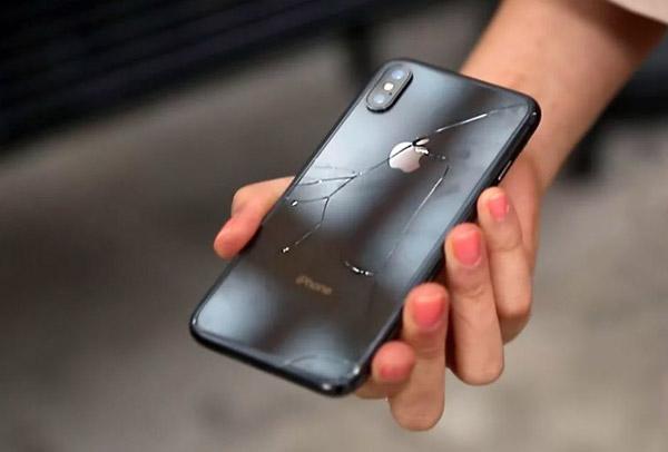 iPhone X признан самым ломающимся смартфоном в истории Apple