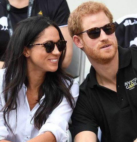 Принц Гарри и Меган Маркл официально объявили о помолвке