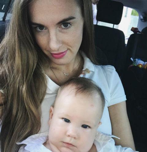 Сломавшая позвоночник Мария Комиссарова переживает из-за тяжелой болезни сына