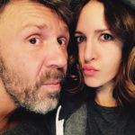 25625 Супруга Сергея Шнурова недовольна его творчеством