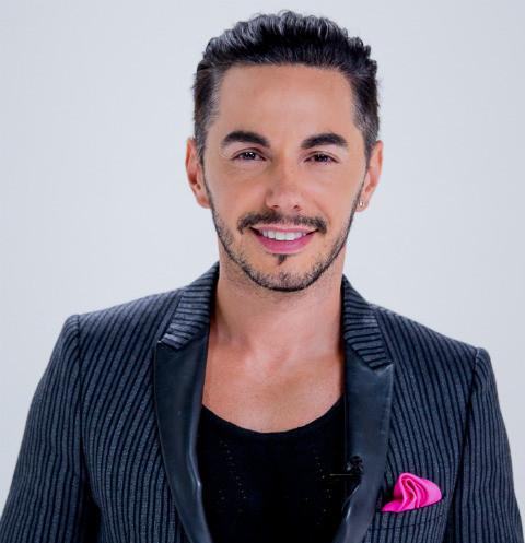 Тимур Родригез стал ведущим нового музыкального конкурса «Во весь голос»