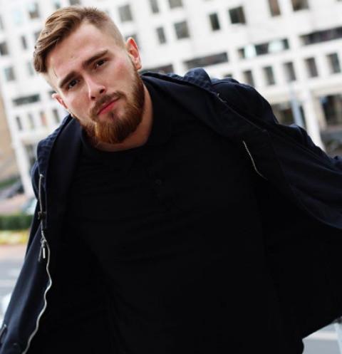 Участник шоу «Голос» Александр Огородников: «Пелагея скажет, если ты спел плохо»