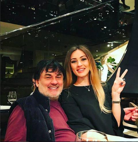 Александр Серов обвинил бывшую жену в воровстве