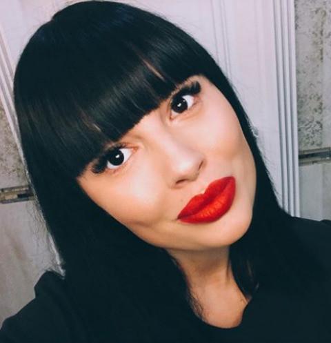 Беременная Нелли Ермолаева отменила путешествие, испугавшись за здоровье ребенка