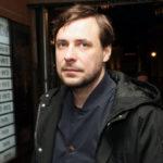 Евгений Цыганов корит себя за отсутствие строгости в воспитании детей