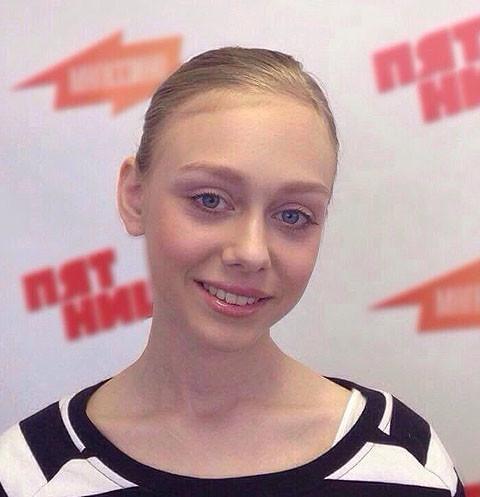 Настасья Самбурская показала травмы после жестокого