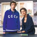 27899 Программа «Время кино» рассорила Равшану Куркову и Александра Паля