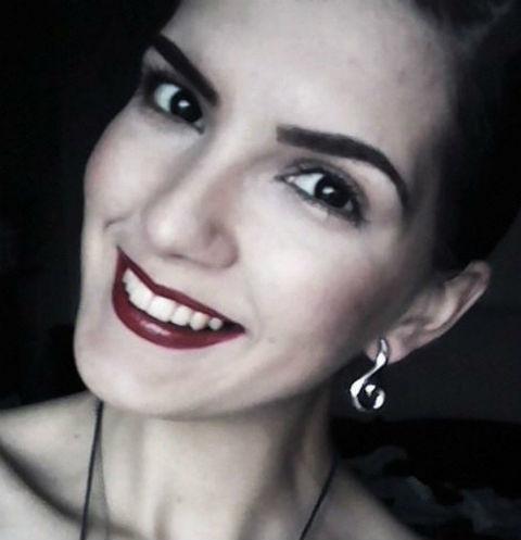 Родные похоронили экс-участницу «Дома-2» Марию Политову