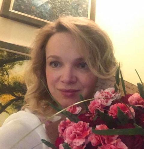 Виталину Цымбалюк-Романовскую «застукали» с мужчиной в отеле