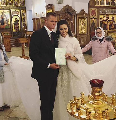 Дмитрий Тарасов обвенчался с избранницей