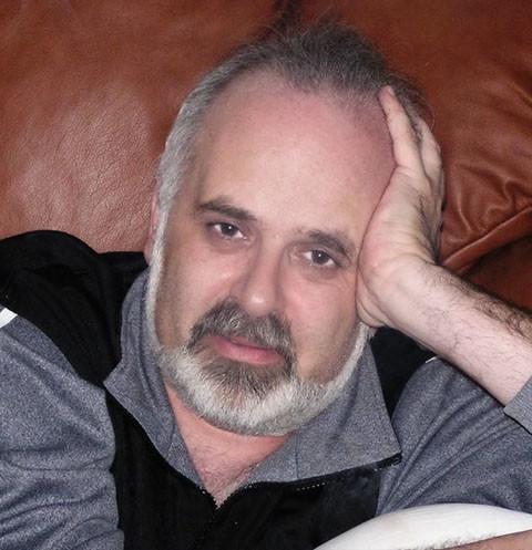 Известный телеведущий Виктор Топаллер умер от рака